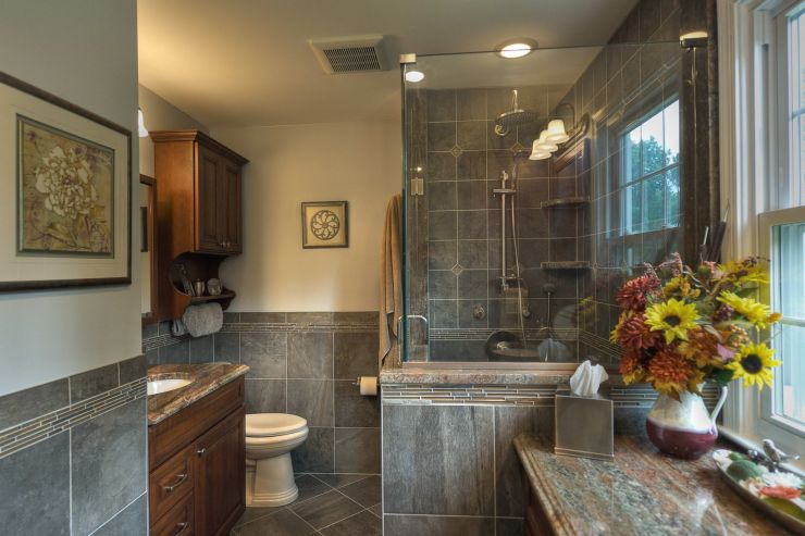 Transitional Style Renovated Bathroom - Diamond Kitchen ...