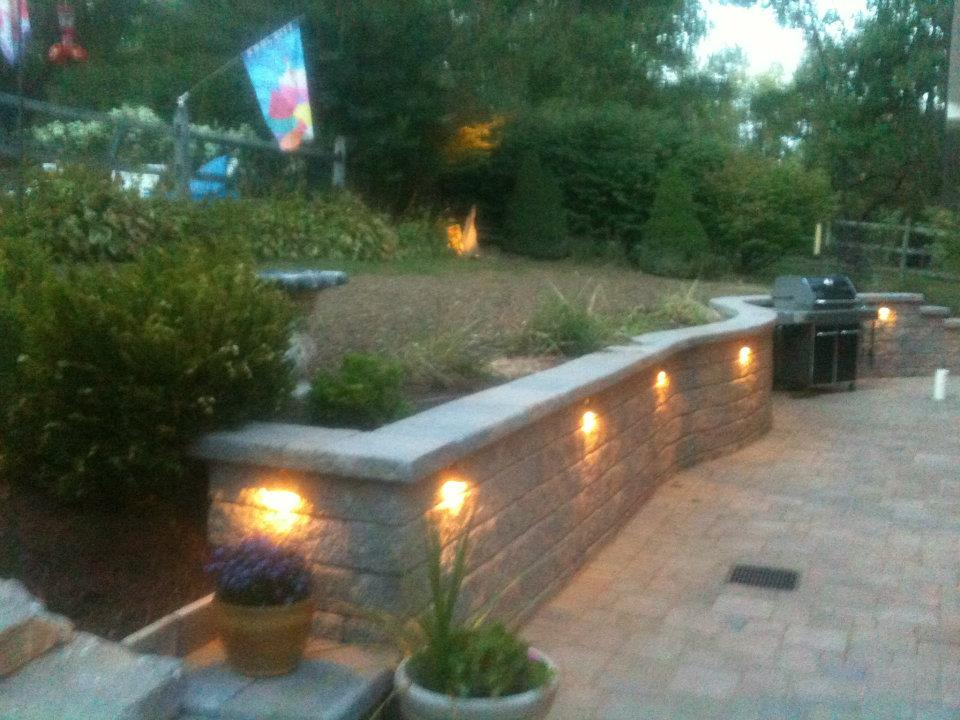 Beautiful Patio, Lighted Paver Wall and Outdoor Grill