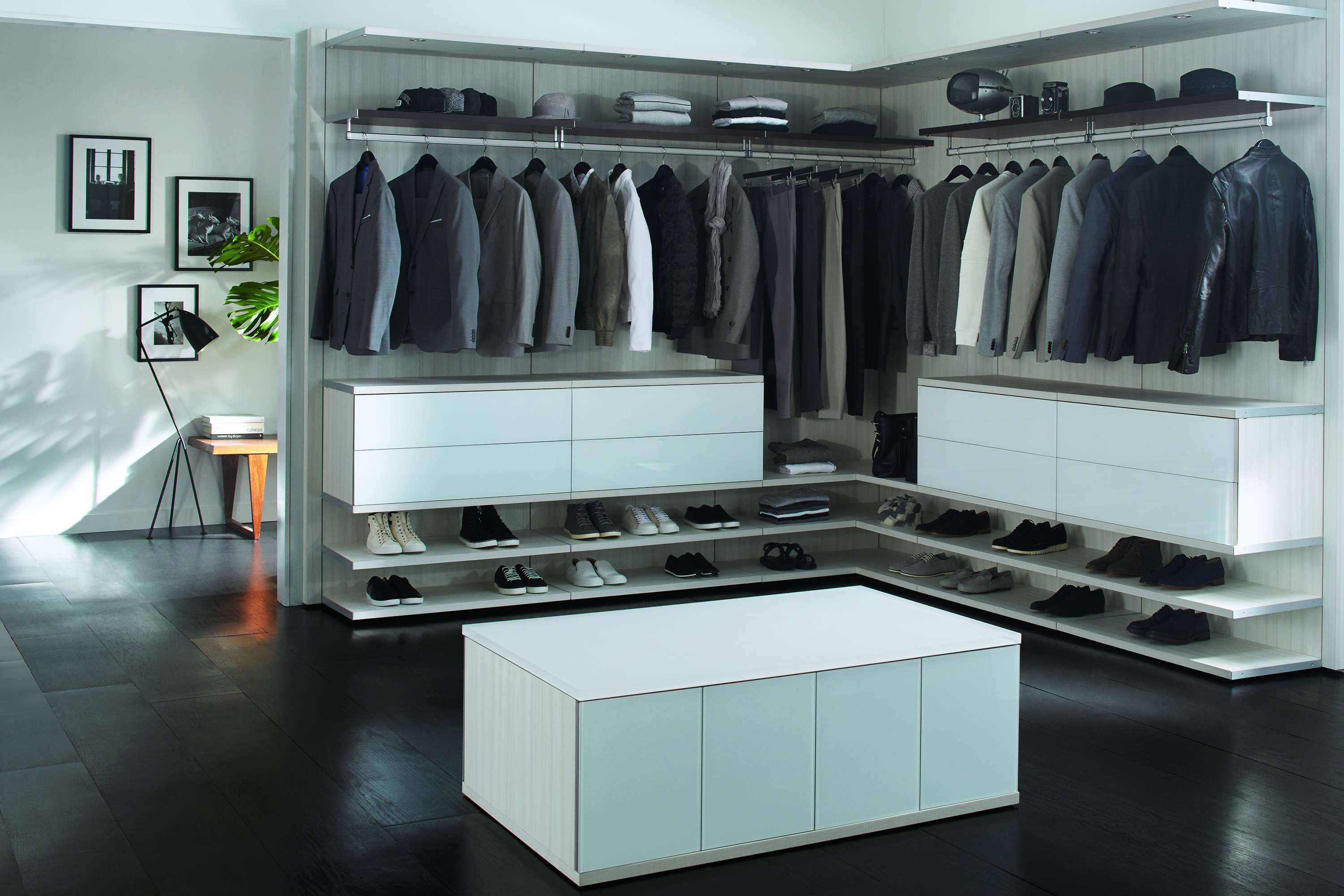 "Virtuoso ""His"" Closet"