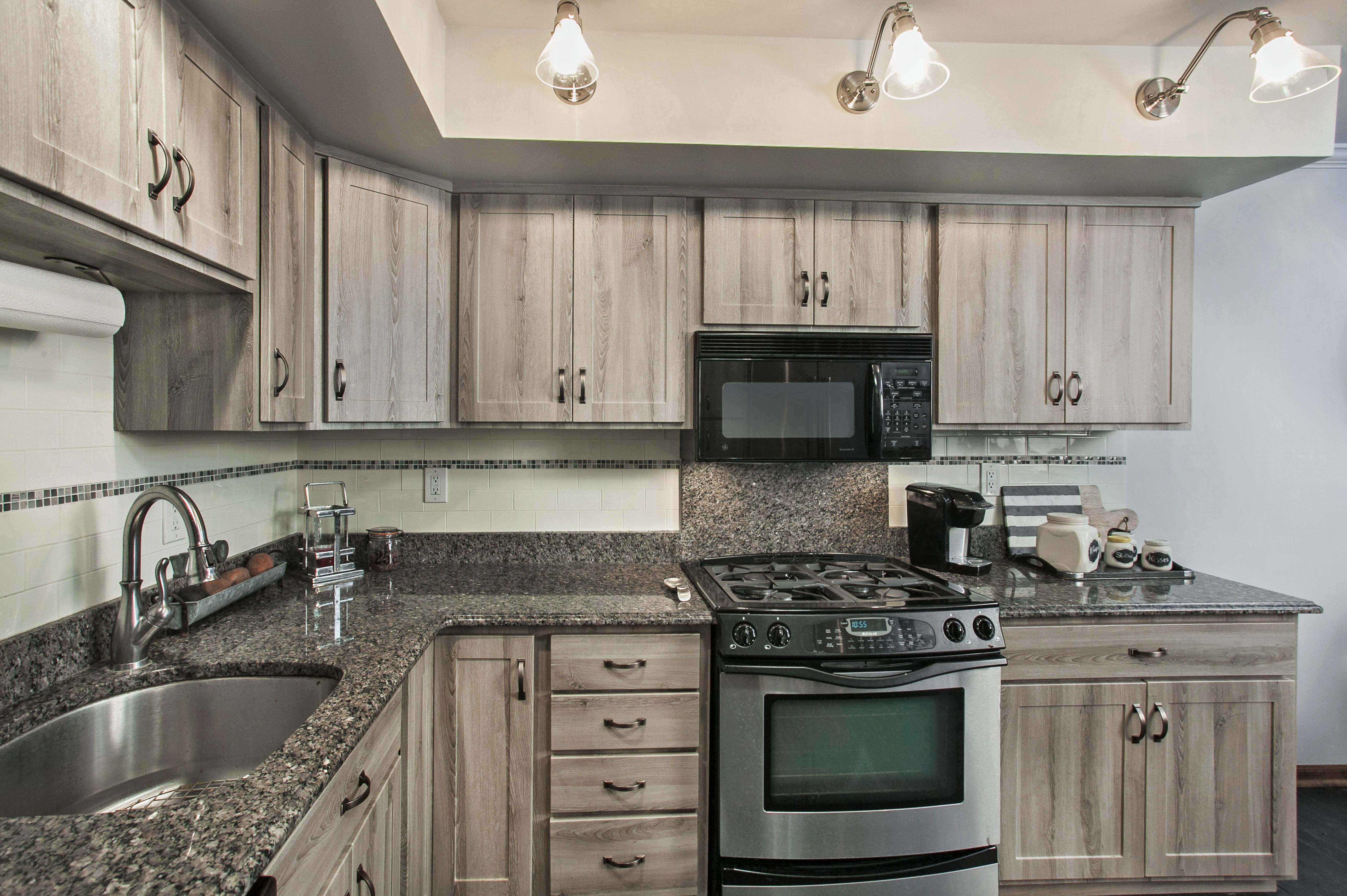 Grey Barnwood Kitchen Cabinets | Bruin Blog
