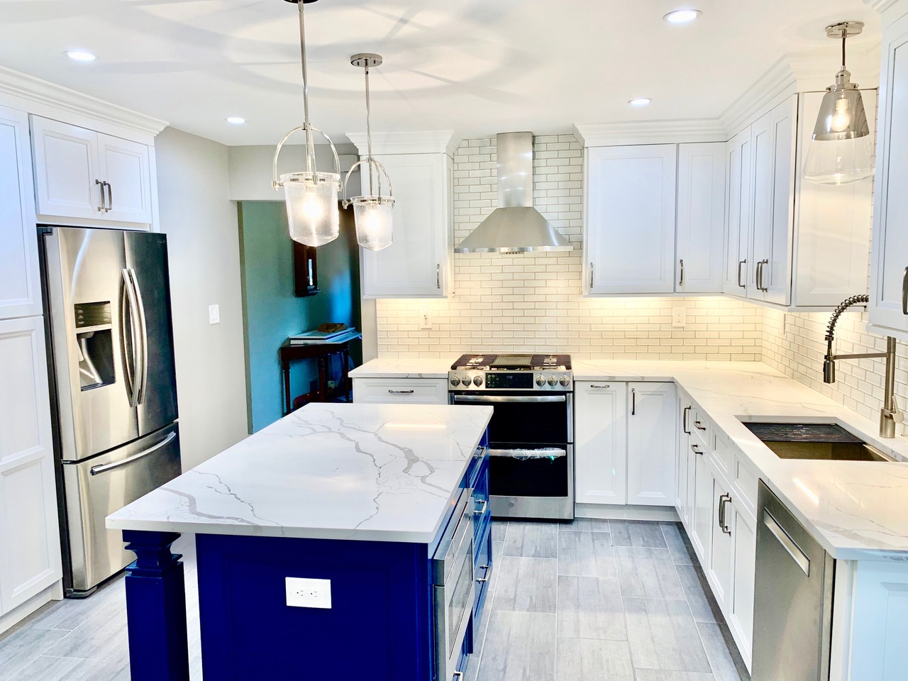 Modern Kitchen in Basking Ridge